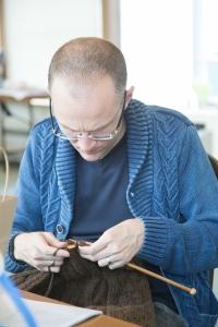 2015-106IMG_8082IMG_8082Dumas Bay Center, groups, knit, knit trip, knitting, Men's Fall Knitting Retreat, MFKR 2015, Seattle, yarn3648 x 5472Kenneth McCamish